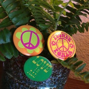 Vintage hippie pin pack